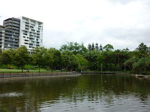 Roma Street Parkland Lake