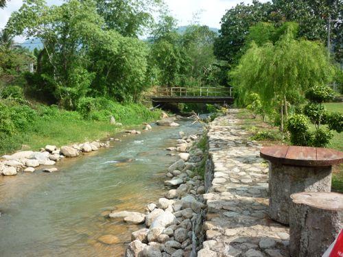 Scenic Chemperoh River Janda Baik