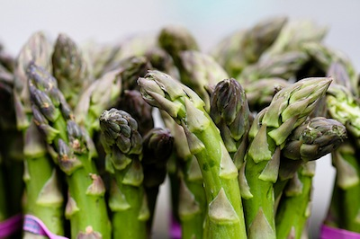 healthy family diet - asparagus