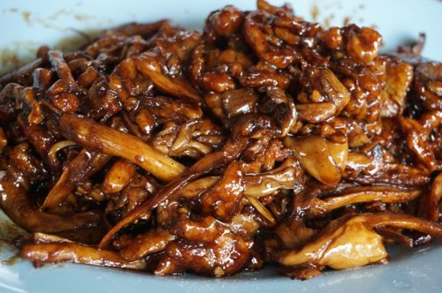 Stir-Fried Abalone Mushroom with Pork