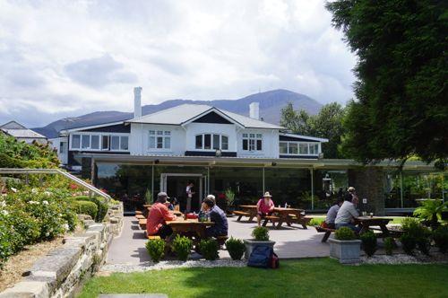Cascade Brewery Garden